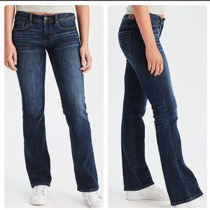 AEO Favorite Boyfriend Dark Boot Cut Jeans 2 Short